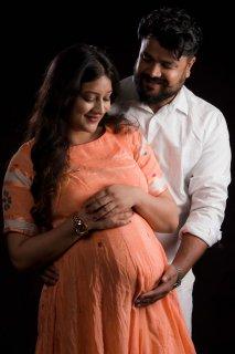maternity_happy_couple.jpg